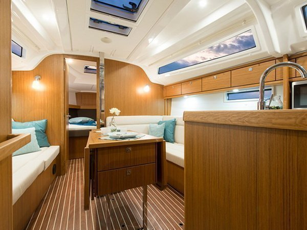 Bavaria Cruiser 37 (SUN COURSE)  - 12