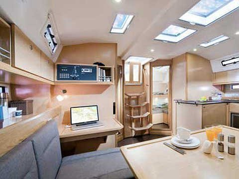 Bavaria Cruiser 45 (BLIND DATE) Interior image - 11