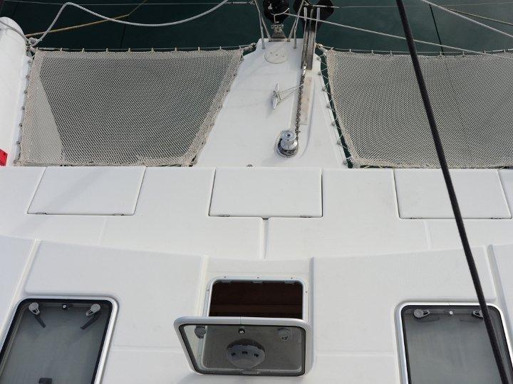 Lagoon 420 (Mediterraneo) exterior images - 13