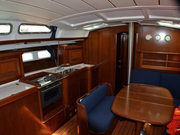 Oceanis Clipper 423 (Brava) interior images - 5