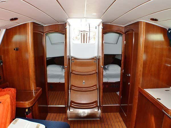 Oceanis Clipper 423 (Brava) interior images - 9