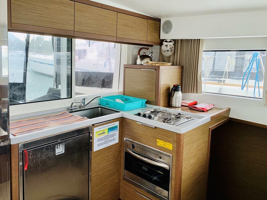 Lagoon 40 (Ubah) kitchen - 8