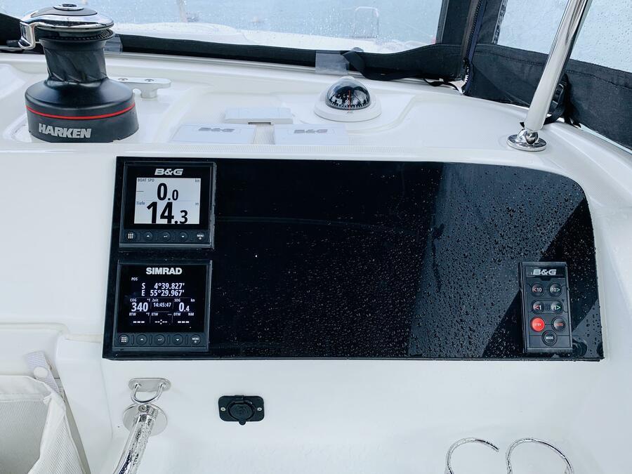 Lagoon 40 (Ubah) Navigation - 6