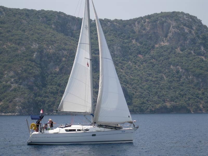 Sun Odyssey 32 i (Elif)  - 8