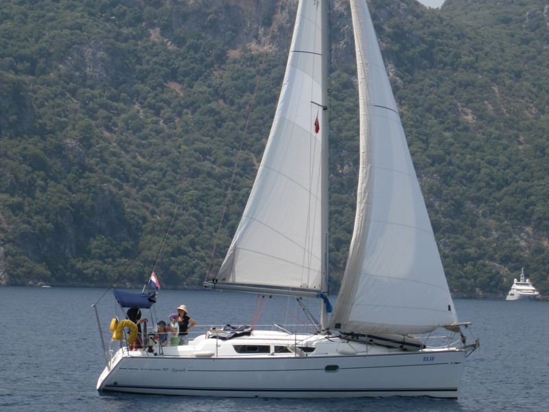 Sun Odyssey 32 i (Elif)  - 4