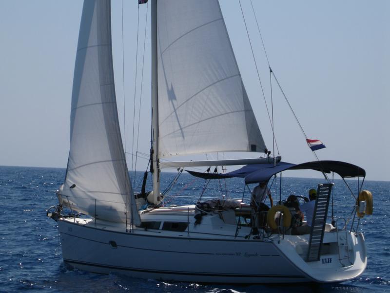 Sun Odyssey 32 i (Elif)  - 10