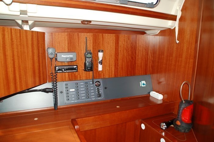 Dufour 425 (Loreley) pic_navi - 3