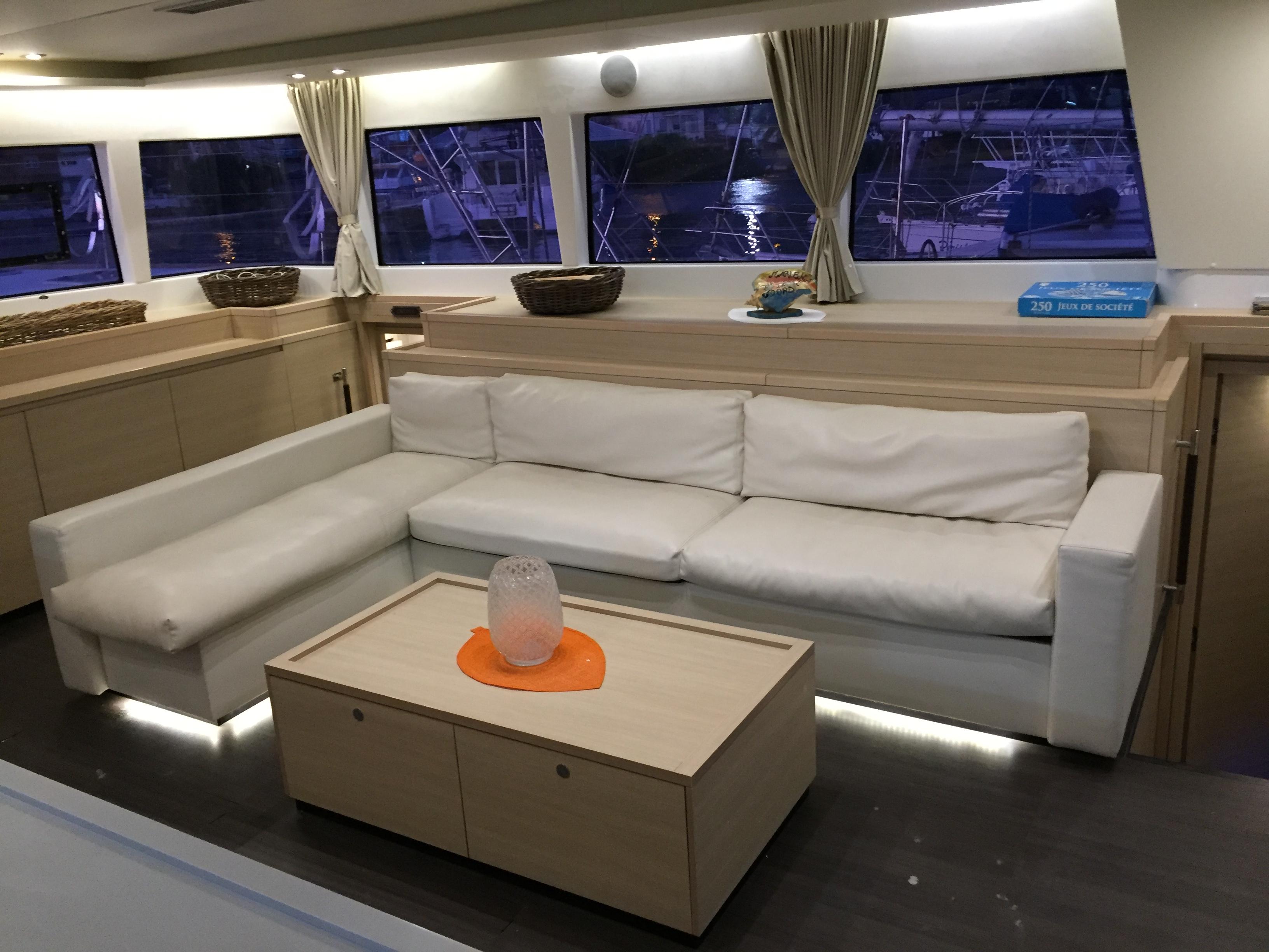 Lagoon 620 - incl. crew & full board (Marlena) Lounge / Salon - 9