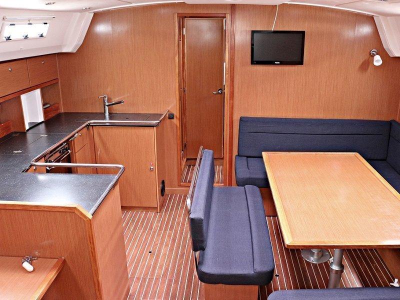 BAVARIA C 50 BT (SIRENA) Interior image - 9