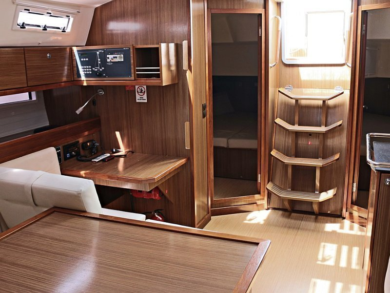 BAVARIA C 45 BT (BLUE DREAMS) Interior images - 3