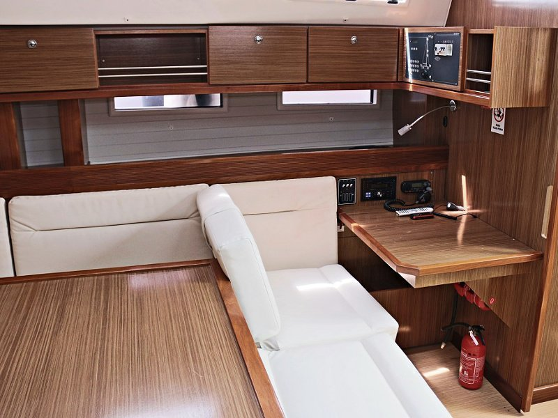 BAVARIA C 45 BT (BLUE DREAMS) Interior images - 5