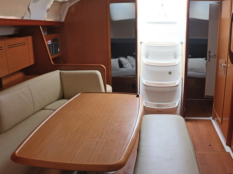 CYCLADES 43.4 BT (LEVANT) Interior images - 8