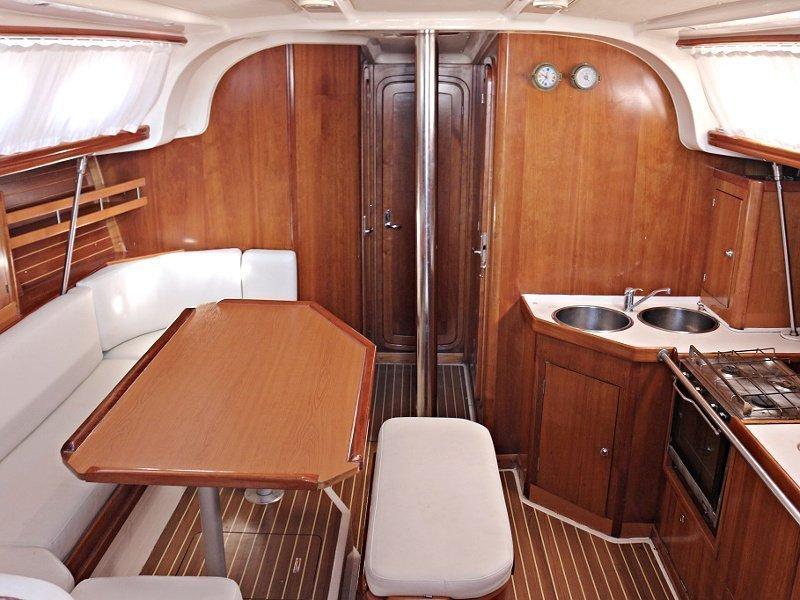 VEKTOR 401 (UNIJE) Interior image - 12