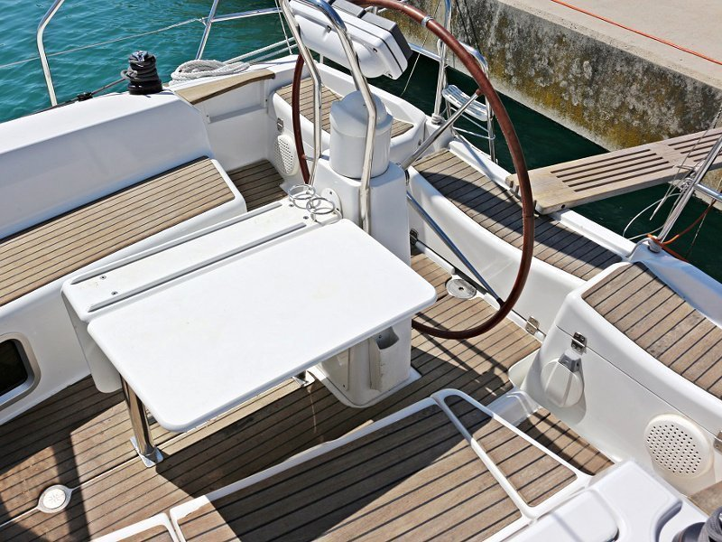 SUN ODYSSEY 36i (SEDNA) Exterior images - 10