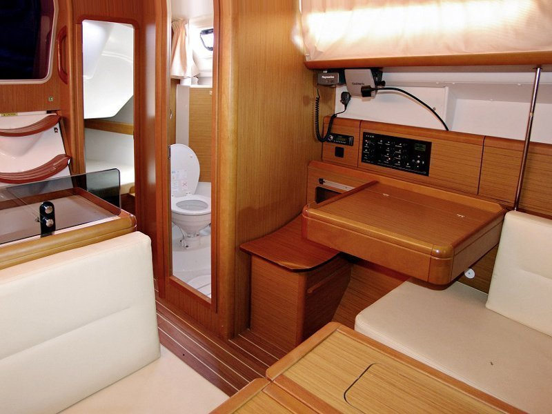 SUN ODYSSEY 36i (SEDNA) Interior images - 1