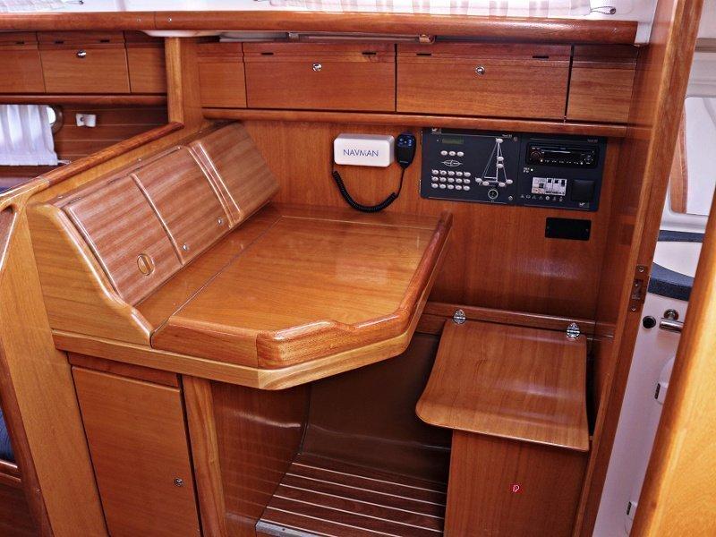 BAVARIA 33 C (FRANA) Interior images - 7