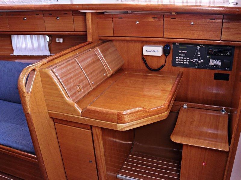 BAVARIA 33 C  (NADA) Interior images - 4