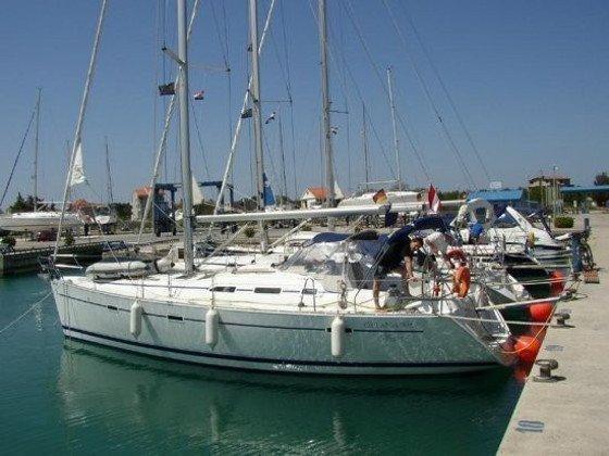 Oceanis 393 C (HAWK) Main image - 0