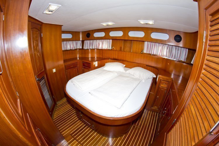 Staryacht 1670 (Holiday ) 11 - 7
