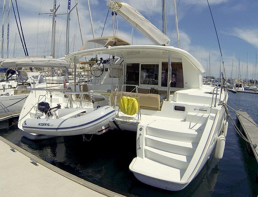 Lagoon 400 (Stray cat (Sails 2019, Solar panel))  - 4