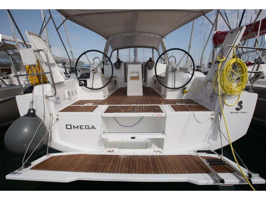 Oceanis 38 (Omega) Main image - 0