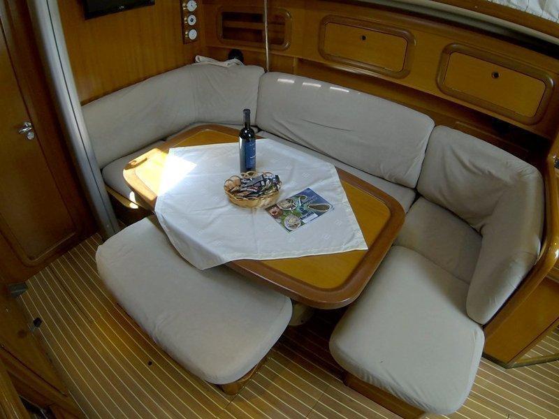 Grand Soleil 40 (Šjor (Main sail 2016, Genoa 2018))  - 12