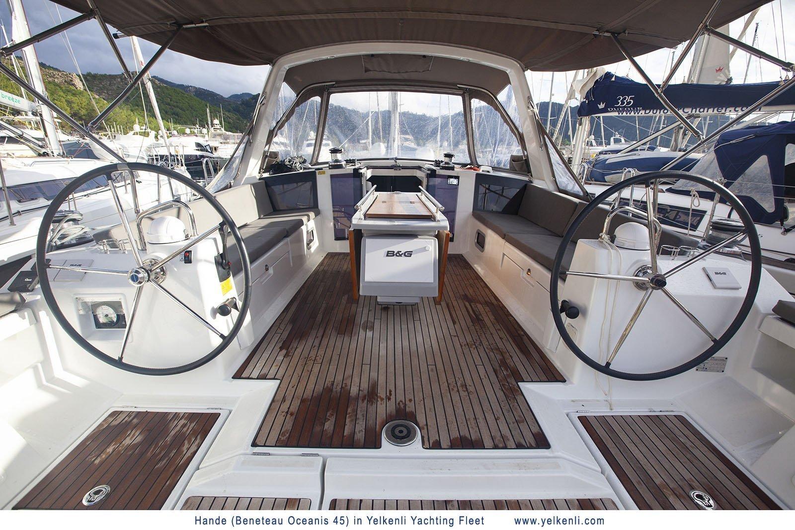 Oceanis 45 (2018) (Hande) Cockpit - 40