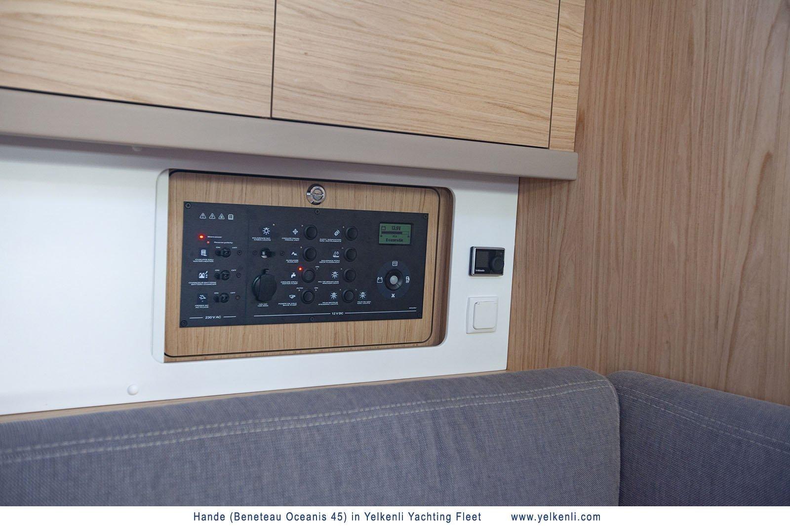Oceanis 45 (2018) (Hande) Control Panel - 22