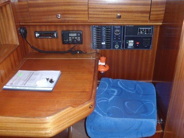 Bavaria 36 Cruiser (Dolkar) Interior image - 1
