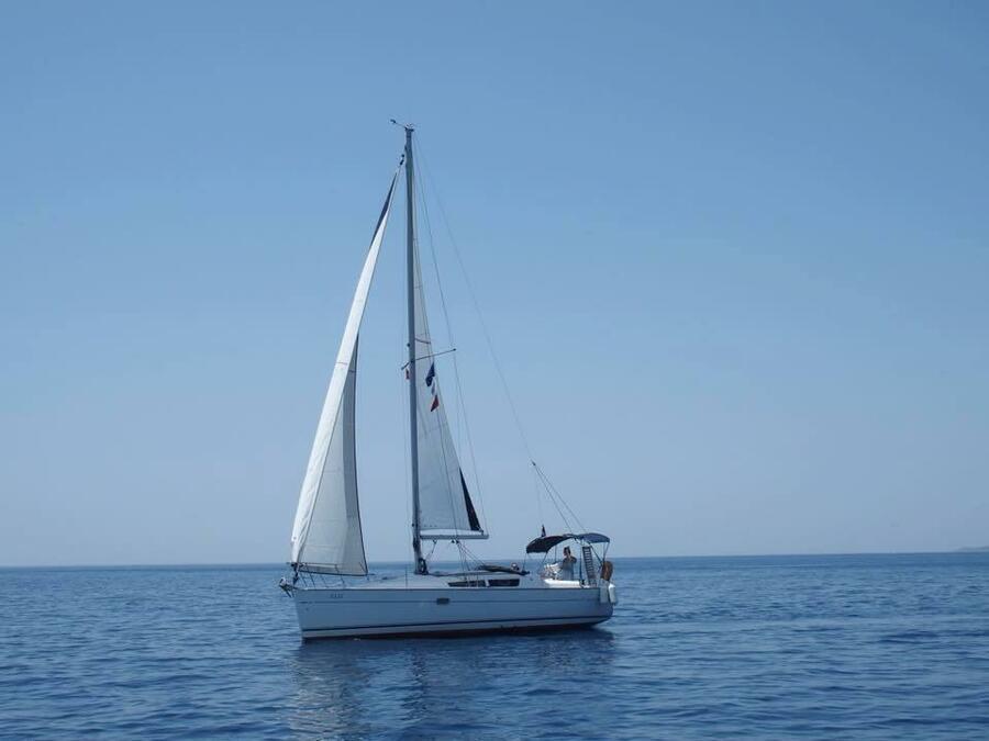 Sun Odyssey 32 i (Elif)  - 9
