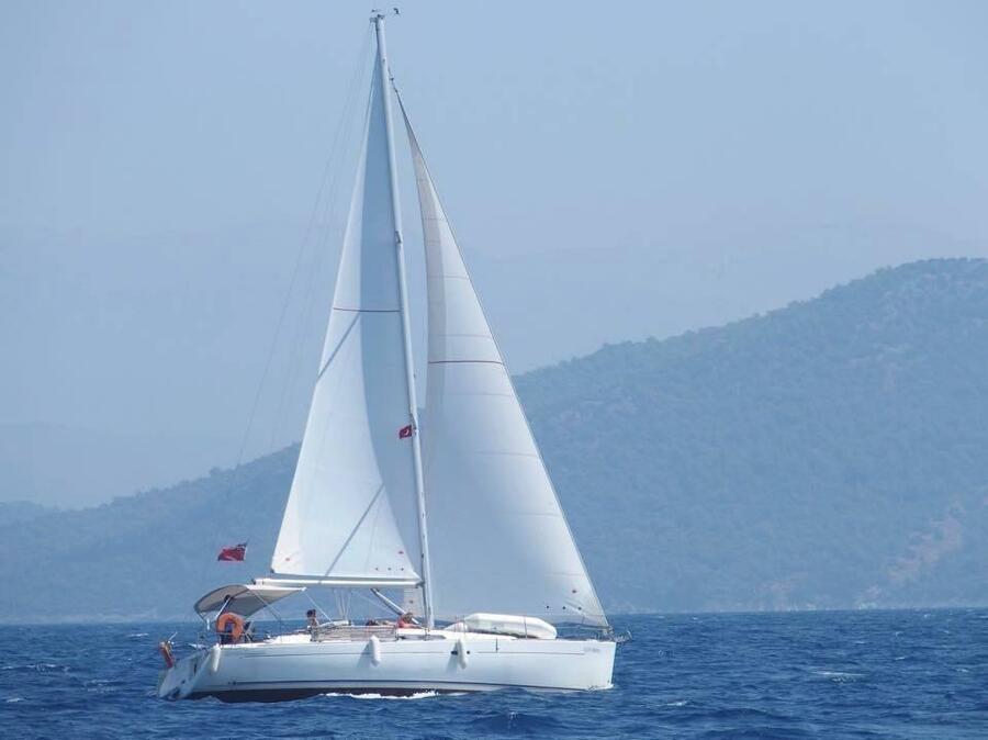 Oceanis 37 (Glen Rosa)  - 2