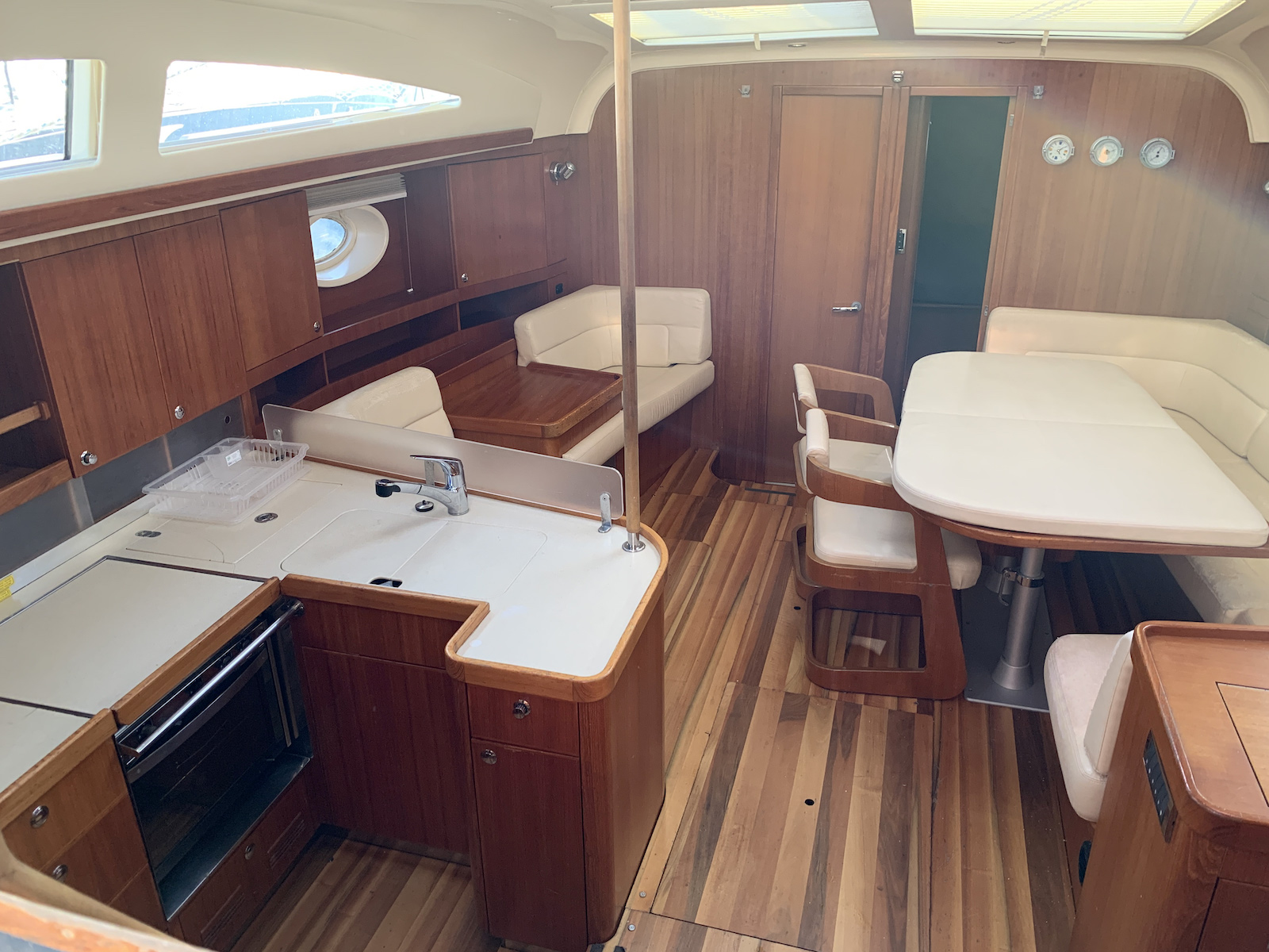Elan 514 Impression (Royal Wind) Interior image - 10