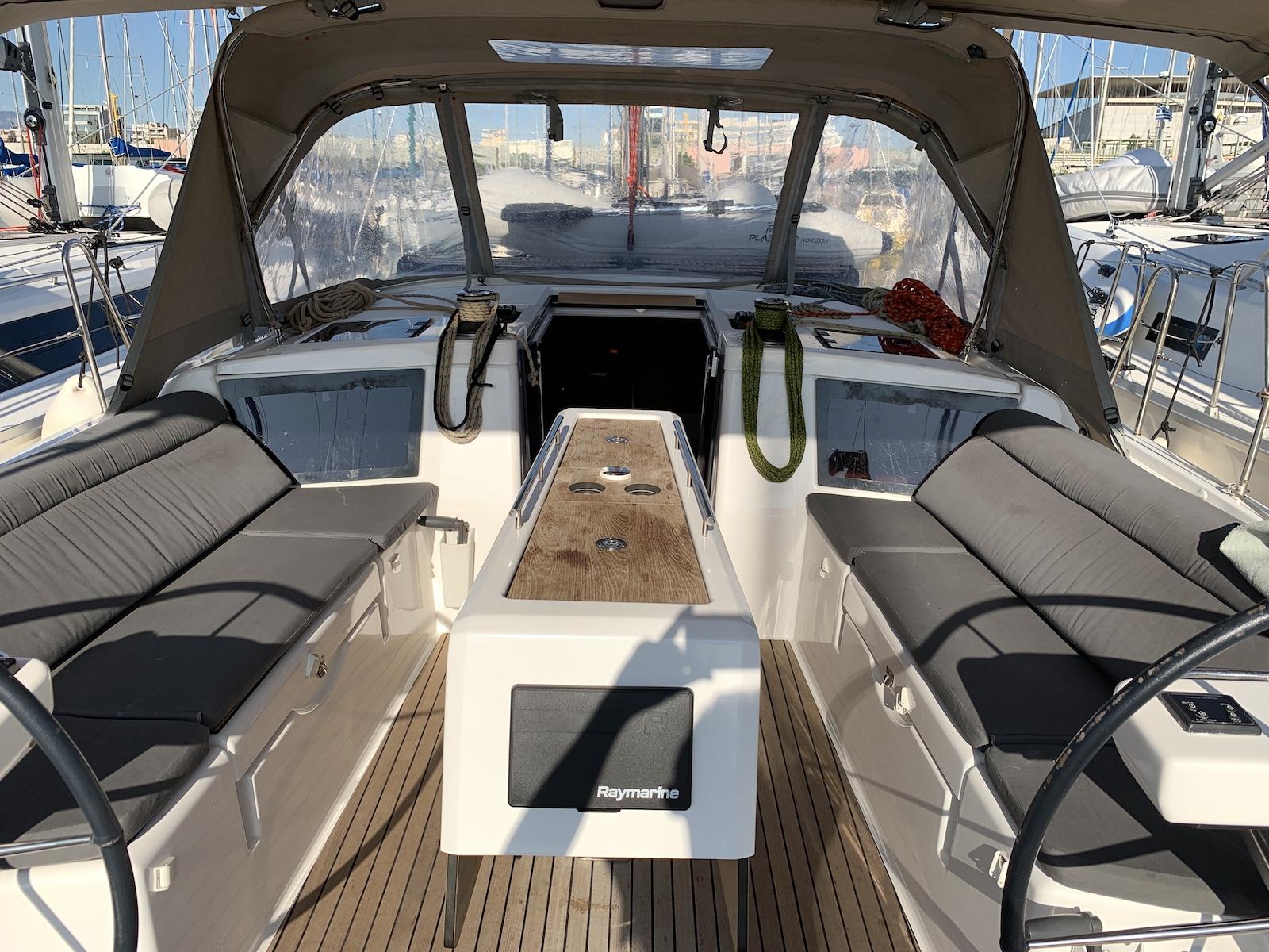 Dufour 390 Grand Large (Barracuda)  - 10