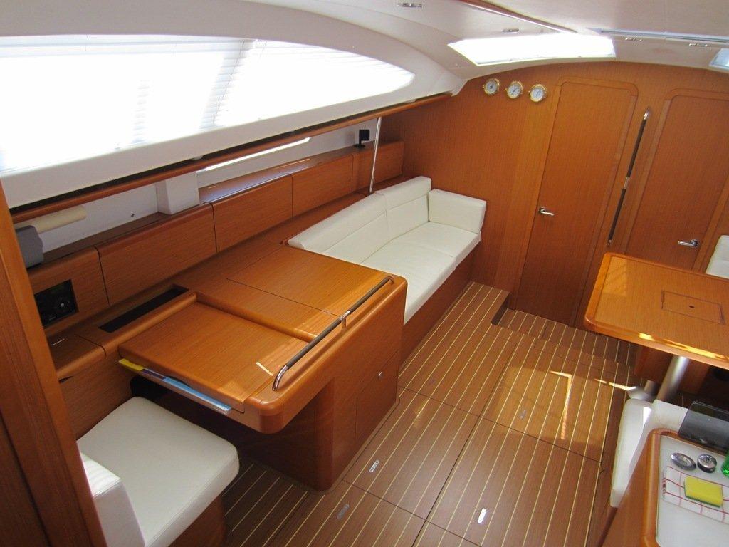Sun Odyssey 50DS (Bonaca) Inside - 8