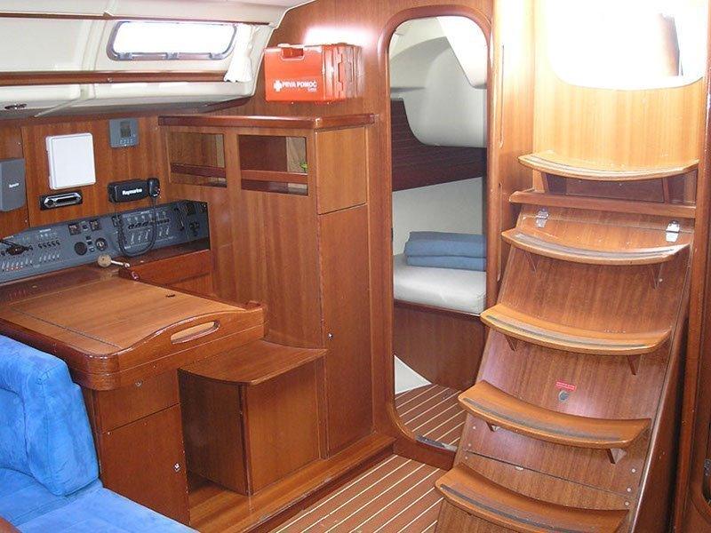 Dufour 455/3cab./RM (Sea Pearl) Interior image - 2