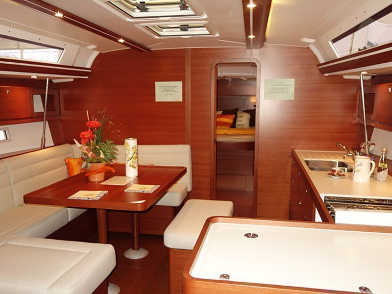 Dufour 450 Owner version (My Live) Interior image - 3