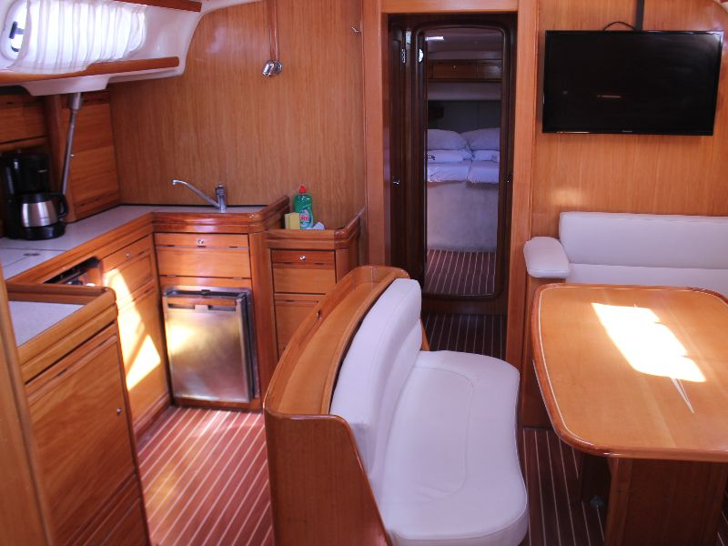 Bavaria 46 Cruiser Veritas edition (mirna) Interior image - 11