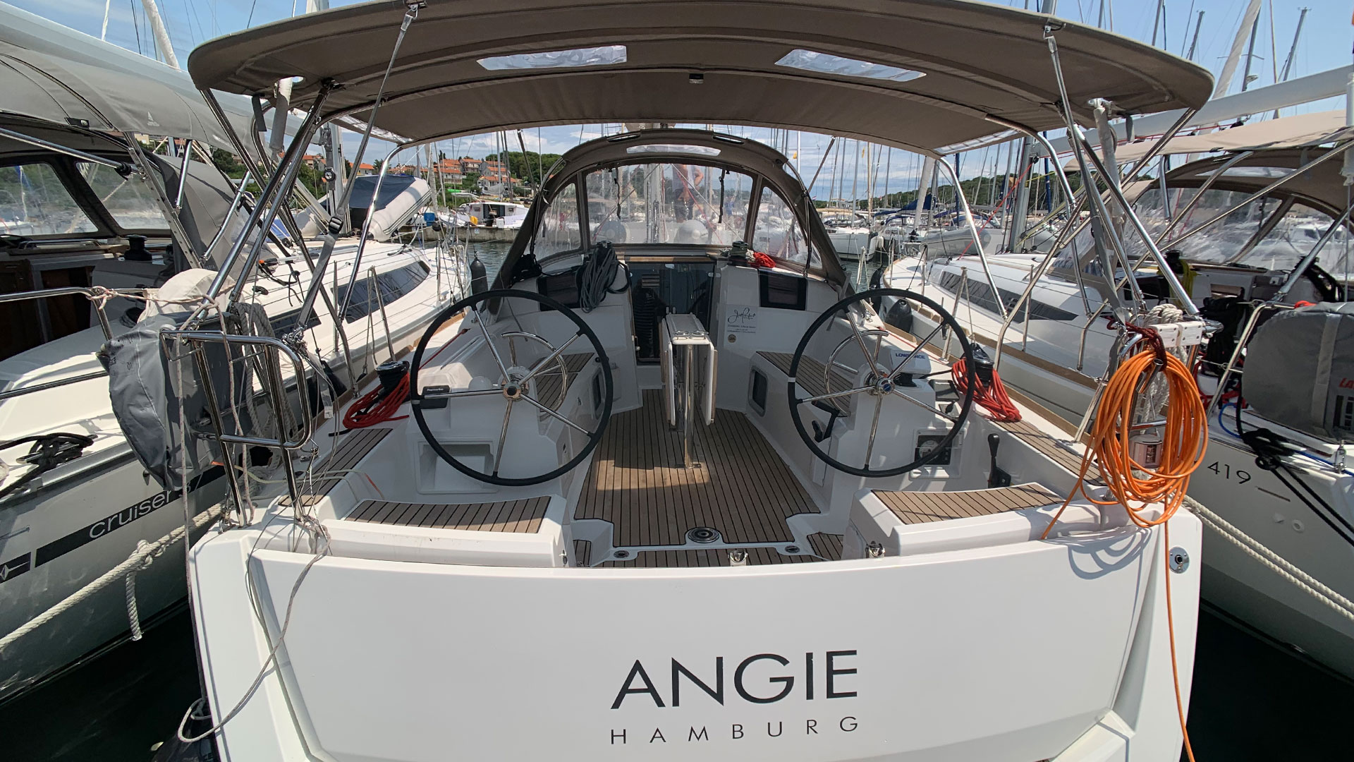 Sun Odyssey 389 (Angie) Heck - 17