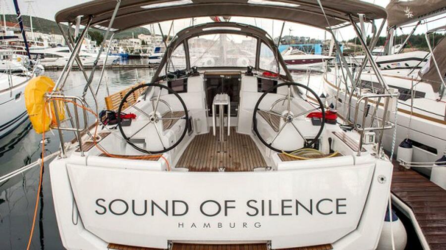 Sun Odyssey 389 (Sound of Silence) Heck - 1