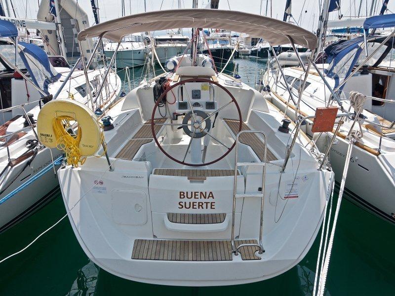 Sun Odyssey 33i (Buena Suerte) exterior - 12