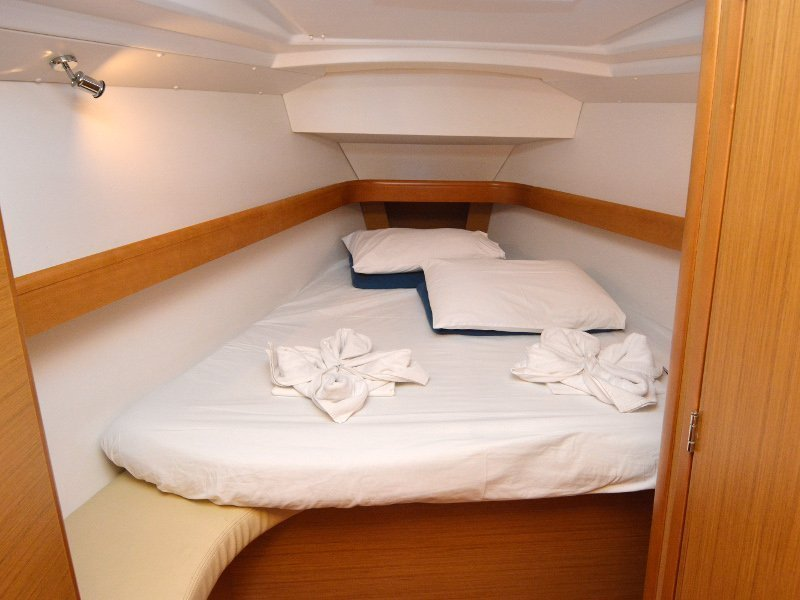 Sun Odyssey 42i (Sea Kiss) interior - 7