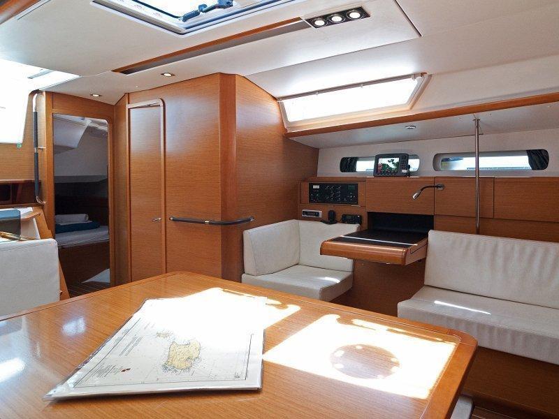 Sun Odyssey 439 (Sun Kiss) interior - 2