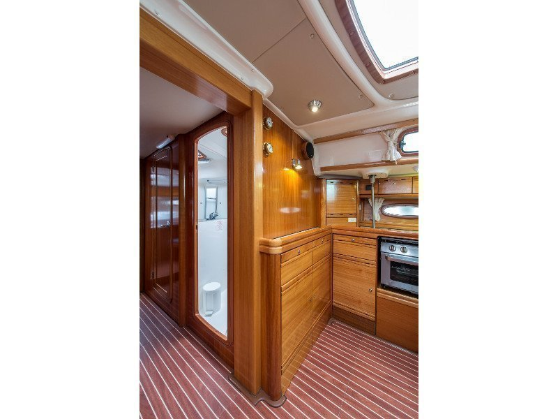 Bavaria 50 Cruiser (Handakas) interior - 10
