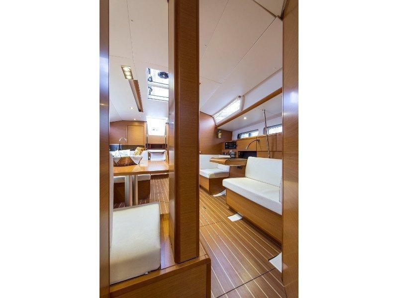 Sun Odyssey 439 (Kallisti) interior - 9