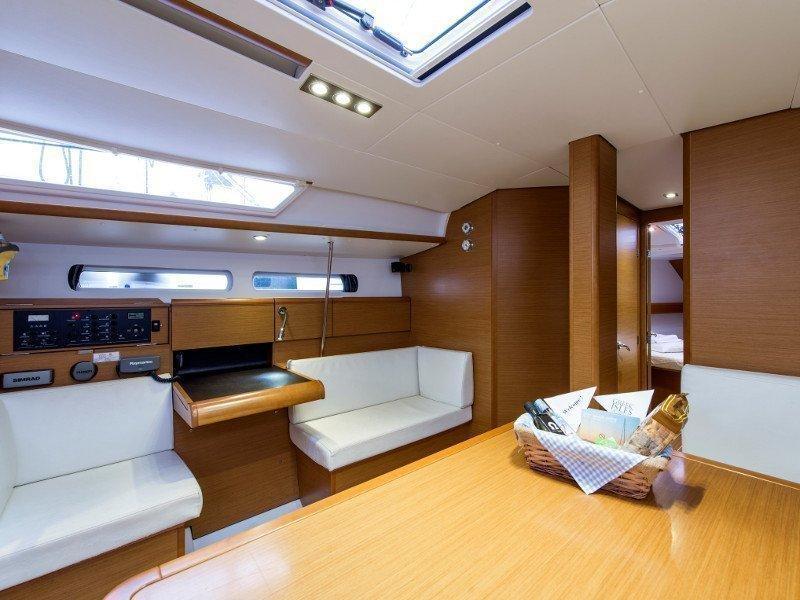 Sun Odyssey 439 (Kallisti) interior - 4