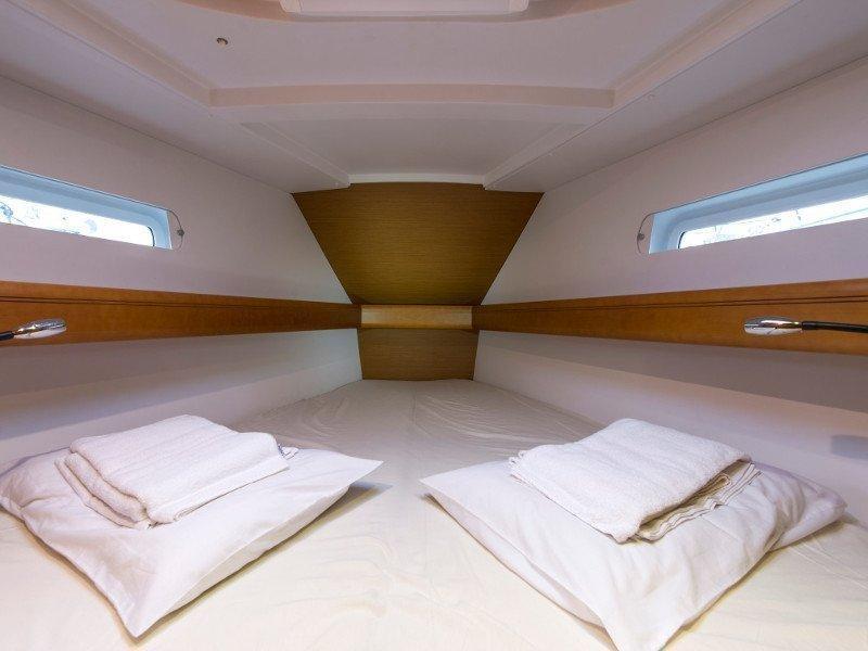Sun Odyssey 439 (Kallisti) interior - 11