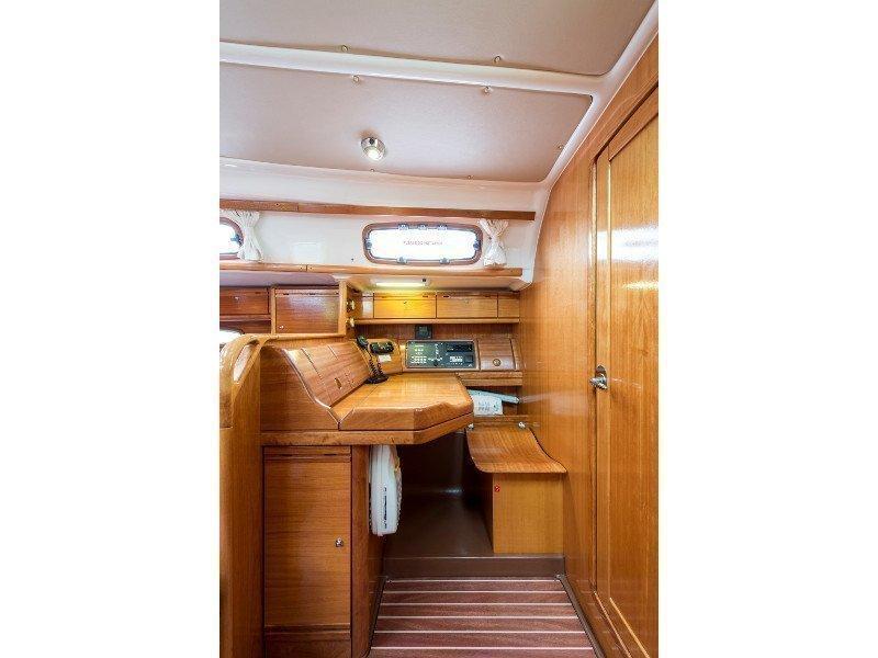 Bavaria 46 Cruiser (Polykandros) interior - 12