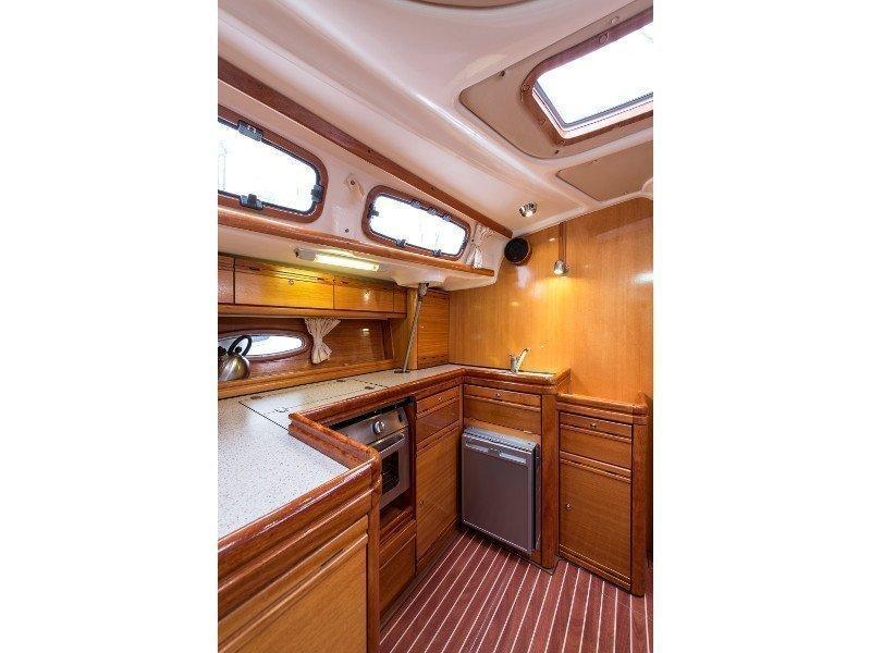 Bavaria 46 Cruiser (Polykandros) interior - 4