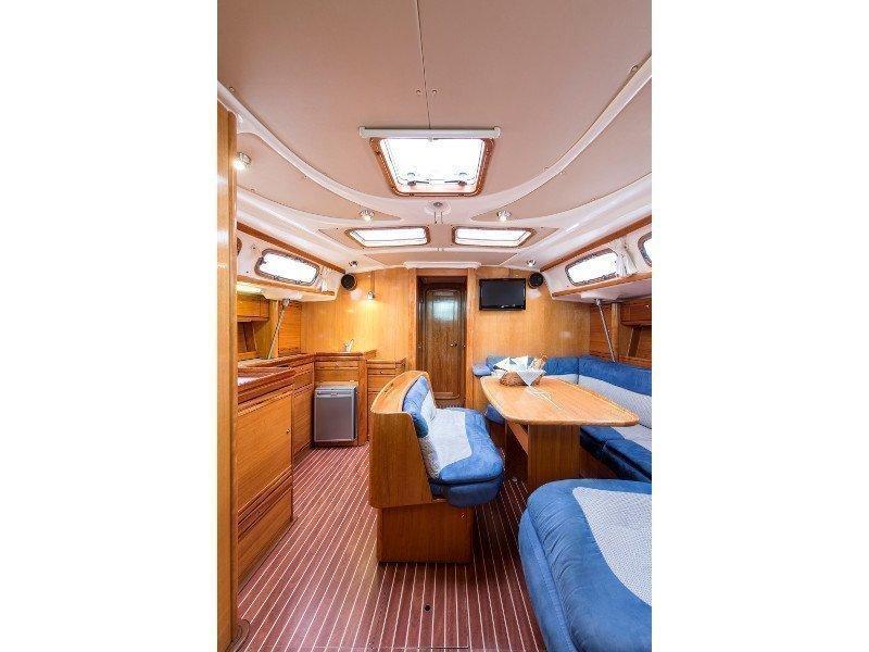 Bavaria 46 Cruiser (Polykandros) interior - 1