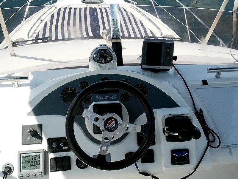 Fairline Phantom 40 (Fair Play (Jet ski - option with extra charge)) Fly bridge GPS - 13